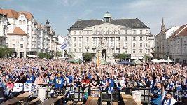 Oslavy hokejového titulu v Brně