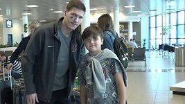 Čeští hokejisté jsou už doma