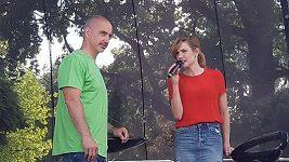Gabriela Koukalová mluvila o své knize na pódiu s Martinem Kubou, který pořádal Běh Jihočeských nadějí.