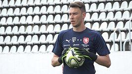Je to tady úplně jiný svět než v české lize, říká o působení ve Werderu Brémy brankář Jiří Pavlenka