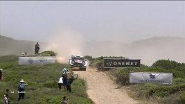 Neuville vyhrál Italskou rallye