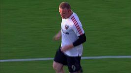 Wayne Rooney při své premiéře za D.C. United přihrál na třetí gól svého týmu 80. minutě připravil třetí branku Paulu Arriolovi.