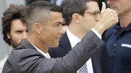 Cristiano Ronaldo a fotbalové šílenství v Turíně