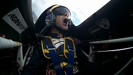 Budou Martin Šonka a Petr Kopfstein v seriálu Red Bull Air Race závodit v České republice?