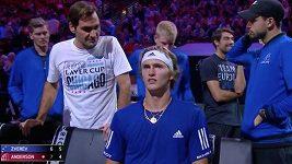 Alexander Zverev poslouchá rady Rogera Federera