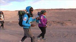 Závodníci dokončili ultramaratón přes Atacamu