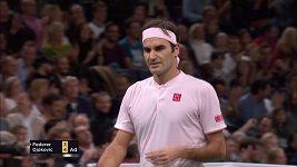 Ten má ale postřeh! Parádní Federerův úder