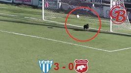 Nečekaný hrdina v zápasse třetí argentinské ligy.