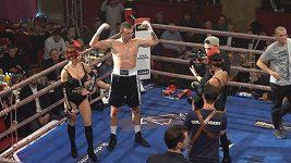 Lavi v ringu. Vítězná boxerská premiéra Jakuba Štáfka