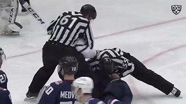 Michal Čajkovský a jeho bitka v KHL.