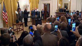 Donald Trump a tisková konference po setkání s týmem Clemson Tigers