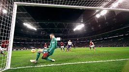 TOP 5 brankářských zákroků 22. kola Premier League.