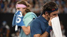 Tsitsipas slaví životní úspěch, v osmifinále Australian Open vyřadil Federera