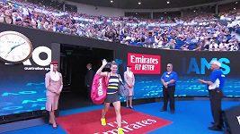 Serena Williamsová pokazila nástup.