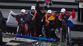 Fernando Alonso slavil triumf v závodu 24 hodin v Daytoně