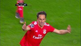 Hrubá chyba gólmana stála Benfiku Lisabon nakonec vítězství