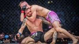 25 minut bitvy! David Kozma porazil v Ostravě v titulovém zápase Piráta