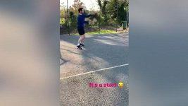 Andy Murray se poprvé po operaci objevil na kurtu