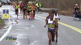 Bostonský maraton vyhrál v těsném finiši Keňan Lawrence Cherono