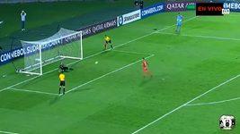 Venezuelský fotbalista Brendix Parra neproměnil penaltu při závěrečném rozstřelu zápasu v lize Copa Sudoamericana.