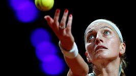 Sestřih semifinále ve Stuttgartu: Kvitová - Bertensová