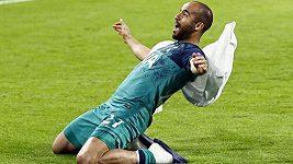 Sestřih semifinále Ligy mistrů Ajax - Tottenham 2:3