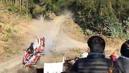 Neuville havaroval při Chilské rallye
