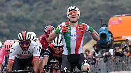 Gaviria vyhrál po diskvalifikaci Vivianiho etapu na Giru