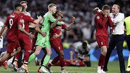 Po loňském neúspěchu s Realem Madrid tentokrát Liverpool ve finále Ligy mistrů uspěl, když porazil Tottenham 2:0.