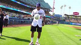 Kylian Mbappé kouzlil na stadionu LA Dodgers.