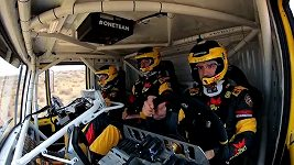 Jak se trénuje na Dakar v pouštní oáze.