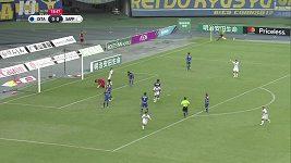 Gólmanova noční můra. Šílený vlastní gól inkasoval brankář v japonské lize