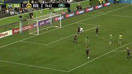 Anglický talent Sancho vstřelil parádní gól