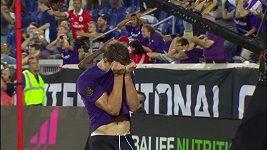 Fotbalista Fiorentiny trestuhodně selhal. Netrefil zcela prázdnou bránu
