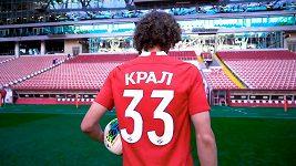 Všechno bude kudrnaté! Spartak Moskva uvítal Alexe Krále.