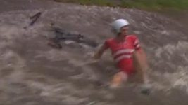 Závod mužů do 23 let přinesl řadu neuvěřitelných momentů