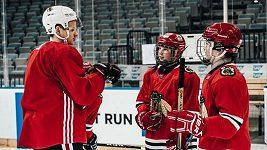Senzační překvapení pro malé hokejisty. Zatrénovali si s hvězdami NHL