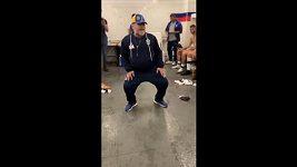 Bizarní taneček Maradony