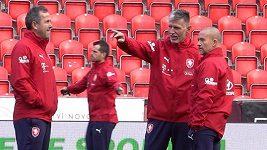 Je dobré vědět, že ani hráči Anglie nejsou neomylní, těší trenéra Jaroslava Šilhavého