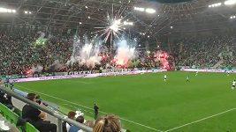 Fanoušci Ferencvárose Budapešť předvedli efektní pyroshow