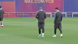 Barcelona trénovala den před zápasem se Slavií ještě v domácích podmínkách