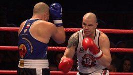 Boxer Ondřej Pála se po pěti letech vrátil do ringu a hned získal mistrovský titul