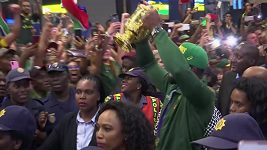 Tisícovky fanoušků připravily ragbyovým mistrům světa nezapomenutelné přivítání