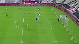 Uzbecký fotbalista trefil parádní gól z voleje