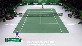 Kazašský tenista Bublik při Davis Cupu rozmlátil raketu
