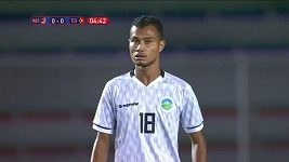 Vlastní gól timorského fotbalisty pobavil diváky
