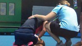 Slovinská tenistka Dalila Jakupovičová zápas pro zdravotní problémy nedohrála