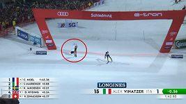 Fanynka v plavkách narušila slalom Světového poháru