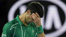 Djokovič se ve finále Australian Open pustil do rozhodčího