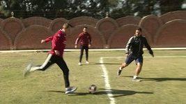 Egypťan chce být v 75 letech nejstarším profesionálním fotbalistou na světě